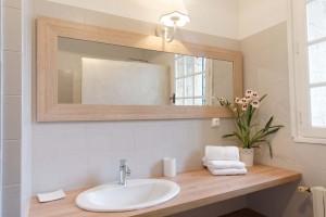 salle-d-eau-rez-de-chaussee-1200-800